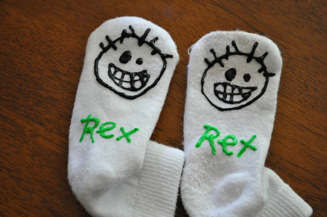 70+ Uses for Puffy Paint: Non-Slip Socks with Puffy Paint