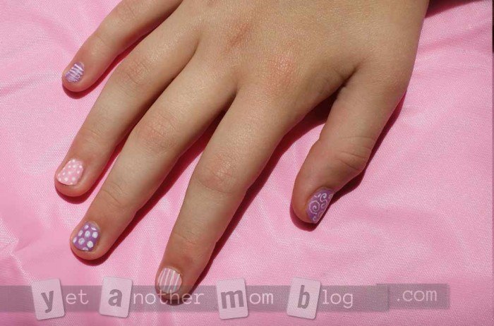 Supery Easy DIY Nail Art - right hand