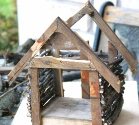 DIY Fairy House - adding roof supports