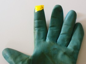 70+ Uses for Puffy Paint: Garden Glove Repair - temporarily tape hole shut