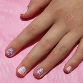Super Easy Way to Do Nail Art